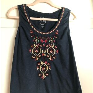 Lucky brand tank top with embroidered detail
